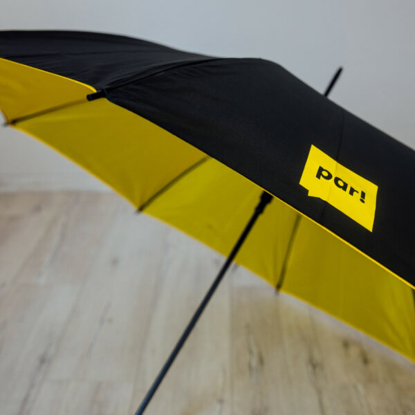 """Divpusējs lietussargs """"Par!"""" - melns ar dzeltenu iekšpusi"""