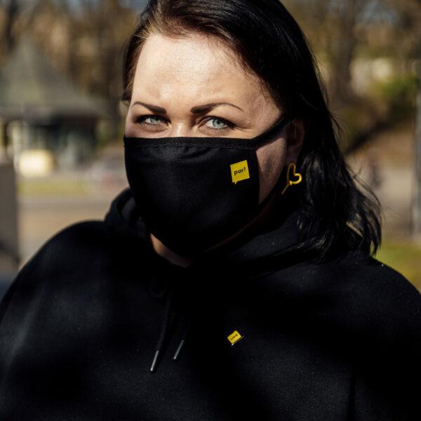Melna trīsslāņu sejas maska
