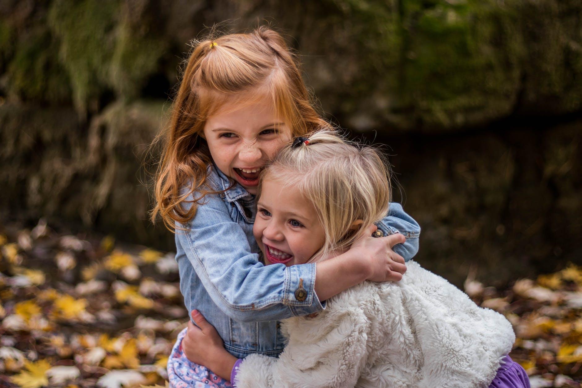 Saeima 1. lasījumā atbalsta pilsonības piešķiršanu nepilsoņu bērniem