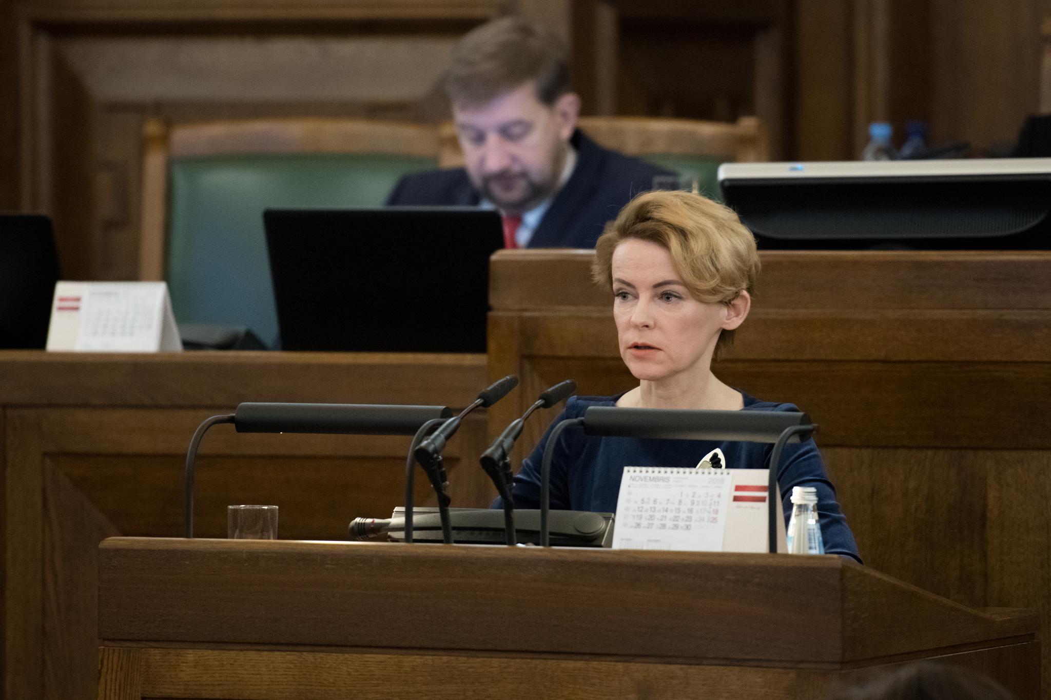 Latvija beidzot piešķirs pilsonību jaundzimušajiem nepilsoņu bērniem
